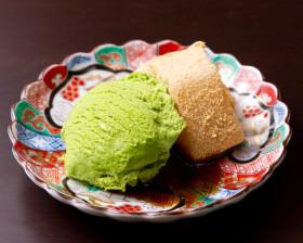 わらび餅と抹茶アイス